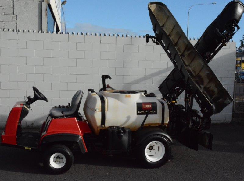 Toro Multipro 1250 sprayer with sonic boom
